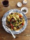 Ragú de cordero con verduras - foto de stock