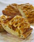 Strudel di mele con miele — Foto stock