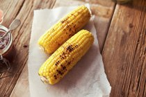Grilled corn on cob — Stock Photo