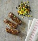 Entrecosto com feijão e salada — Fotografia de Stock