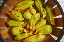 Fresh courgette flowers — Stock Photo