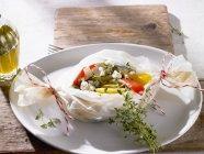 Pacchetti di verdure con formaggio — Foto stock