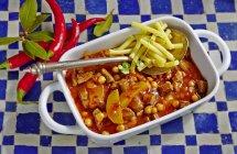 Maccheroni con carne macinata — Foto stock