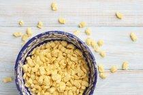 Pasta de huevo blando en bowl - foto de stock