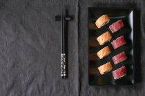 Суші з лосося і тунець — стокове фото