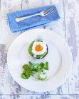 Пачка яиц с лососем — стоковое фото