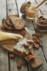 Cheese with grilled bread — Stock Photo