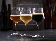 Три сорта пива — стоковое фото