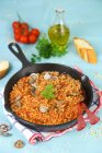 Fregola pâtes aux moules — Photo de stock