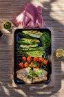 Суд риби з овочами — стокове фото