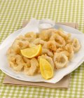 Anelli di calamari fritti — Foto stock