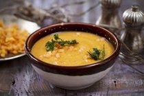 Creme der Gemüsesuppe mit Linsen — Stockfoto