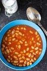 Бобы в томатном соусе — стоковое фото