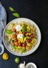 Макароны спагетти с Анчоус пасты — стоковое фото