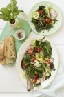 Spinach salad with radishes — Stock Photo