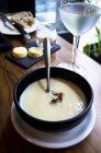 Zuppa di cavolfiore con melanzane — Foto stock