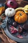 Composizione autunnale delle zucche — Foto stock