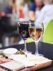 Rot- und Weißweine — Stockfoto