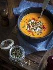 Vegan pumpkin soup — Stock Photo