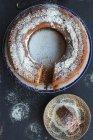 Ciambella con lo zucchero a velo — Foto stock