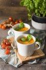 Vegan-Tomatensuppe — Stockfoto
