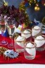 Праздничное шампанское желе — стоковое фото
