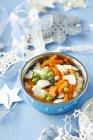 Треска рыбный суп для кота — стоковое фото