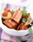 Costine di maiale arrosti con le erbe — Foto stock