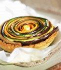 Spiral vegtable tartlet — Stock Photo