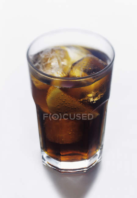 Glass of Cola with Lemon — Stock Photo