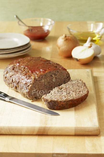 Partially Sliced Meatloaf — Stock Photo