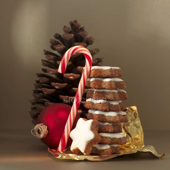 Weihnachtsarrangement Dekorationen — Stockfoto