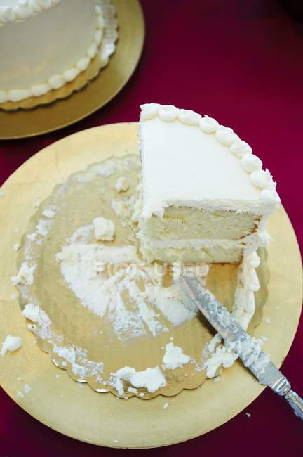 Частково їдять торт — стокове фото