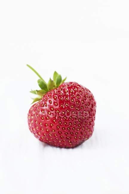 Fresh ripe strawberry — Stock Photo