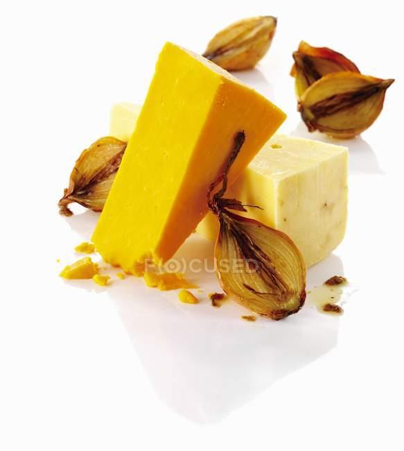 Cebolla y queso - foto de stock