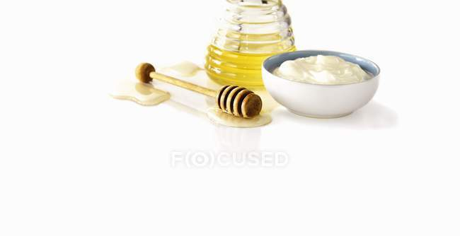 Greek yogurt in bowl — Stock Photo