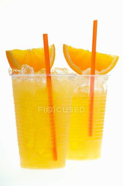 Jus d'orange avec glace concassée — Photo de stock