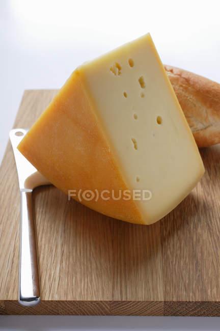 Morceau de Bergkse avec baguette — Photo de stock