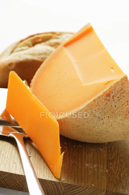 Чеддер с Тесак сыр — стоковое фото