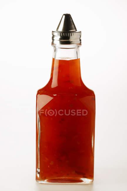 Molho de pimentão em garrafa — Fotografia de Stock