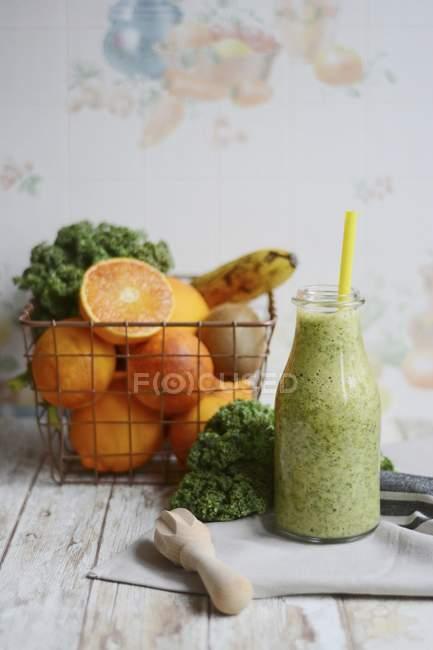 Smoothe fatta con kiwi e banana — Foto stock
