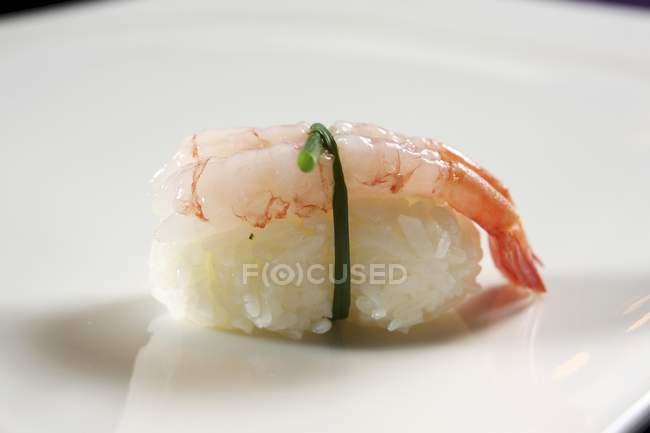 Нігірі-суші креветки — стокове фото