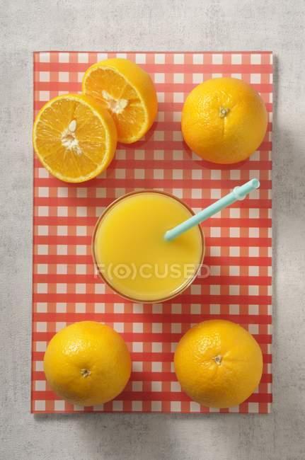 Vidro de suco de laranja — Fotografia de Stock