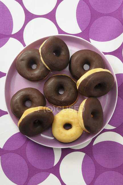 Doughnuts with chocolate glaze — Stock Photo