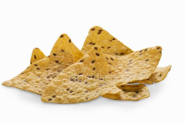 Multi-grain кукурудзяні чіпси з льону — стокове фото