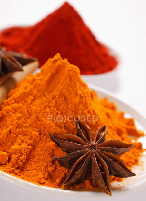 Curry paprika and star anise — Stock Photo