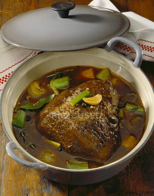 Pezzo di filetto di manzo — Foto stock