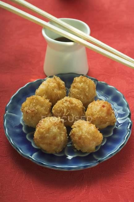 Palline di gamberetti impanate — Foto stock