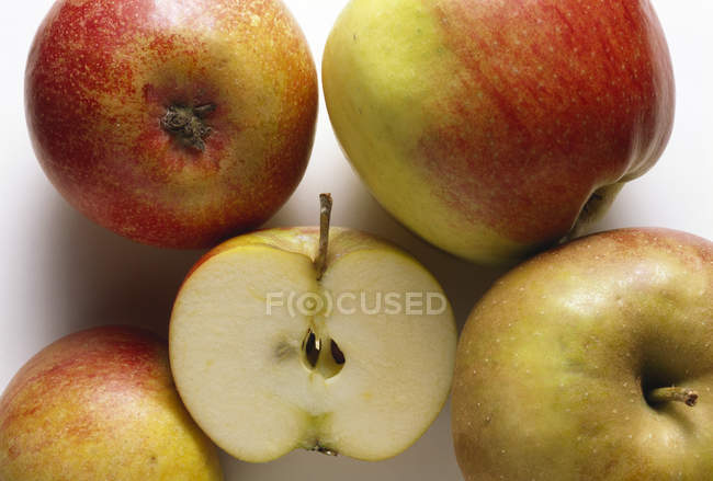 Whole and Half Apples — Stock Photo
