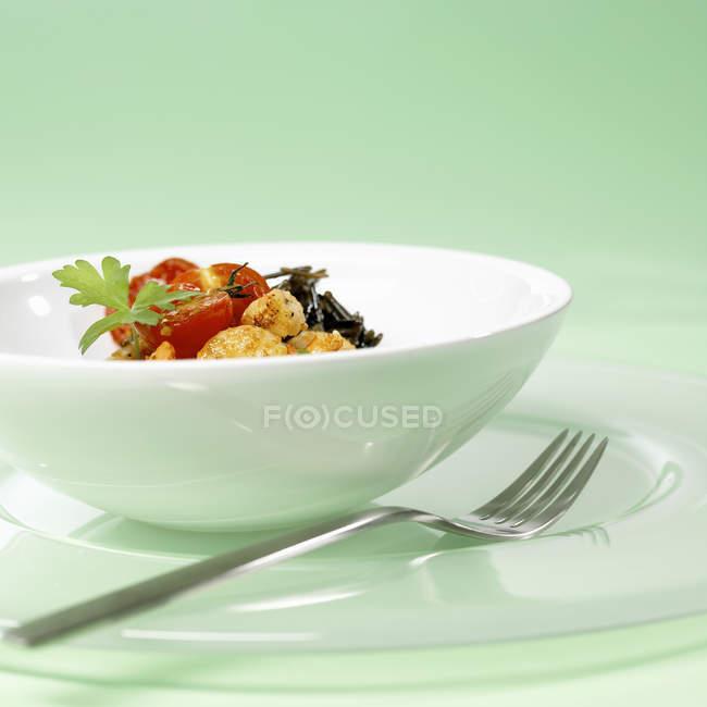 Gebratene Garnelen mit Gemüse — Stockfoto